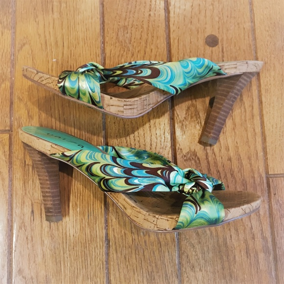 Unisa Shoes - Green and brown heeled sandals